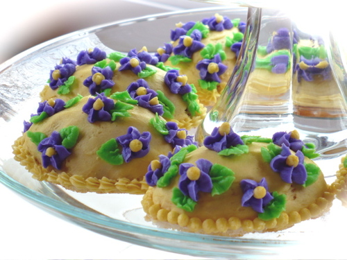 Easter Cakes - Violet